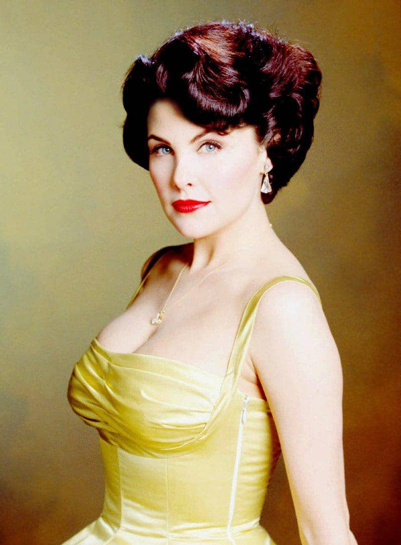 Sherilyn Fenn American Actress