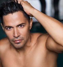 Jay Hernandez Actor and Fashion Model