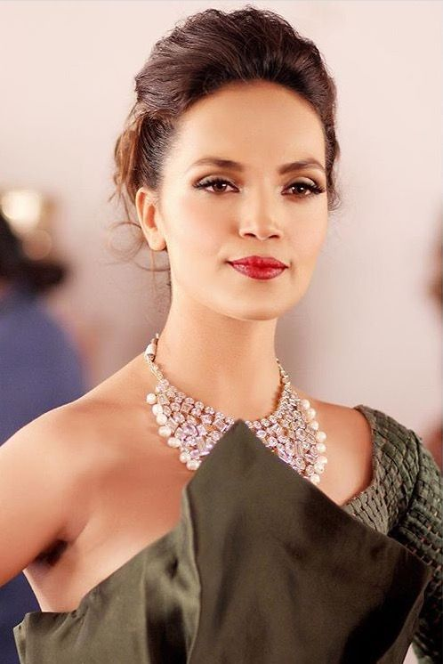Aamina Sheikh American-Pakistani Actress, Model