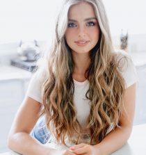 Addison Easterling Social Media Star