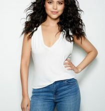 Alyssa Diaz Actress