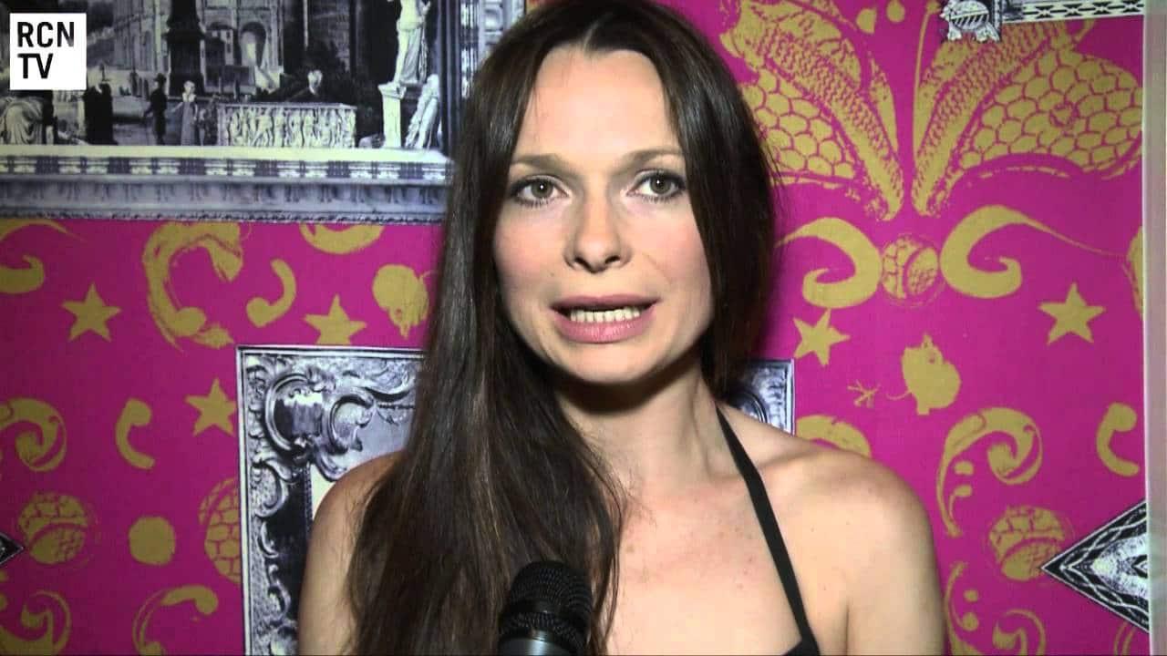 Anna Walton British Actress and Psychotherapist