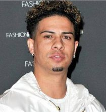 Austin McBroom Basketball player