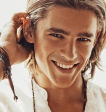 Brenton Thwaites Actor