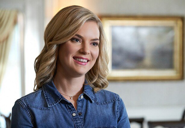 Cindy Busby facts