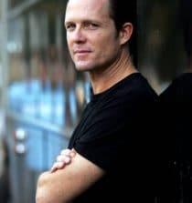 Dean Winters Actor