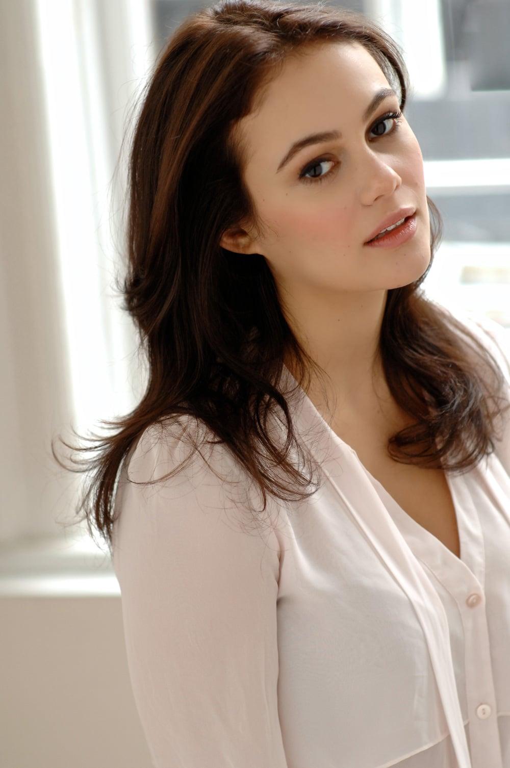 Dina Shihabi Saudi Arabian Actress