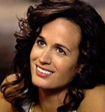 Elizabeth Reaser Actress