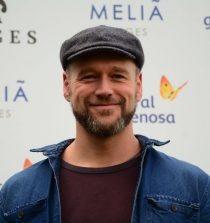 Elliot Cowan Actor