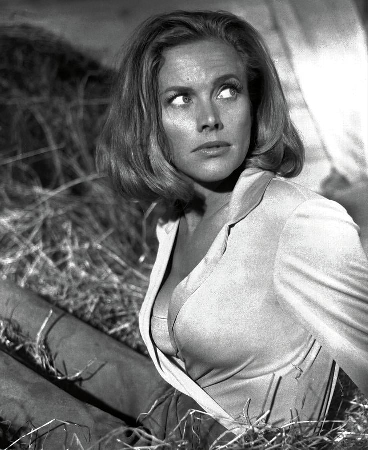 Honor Blackman facts