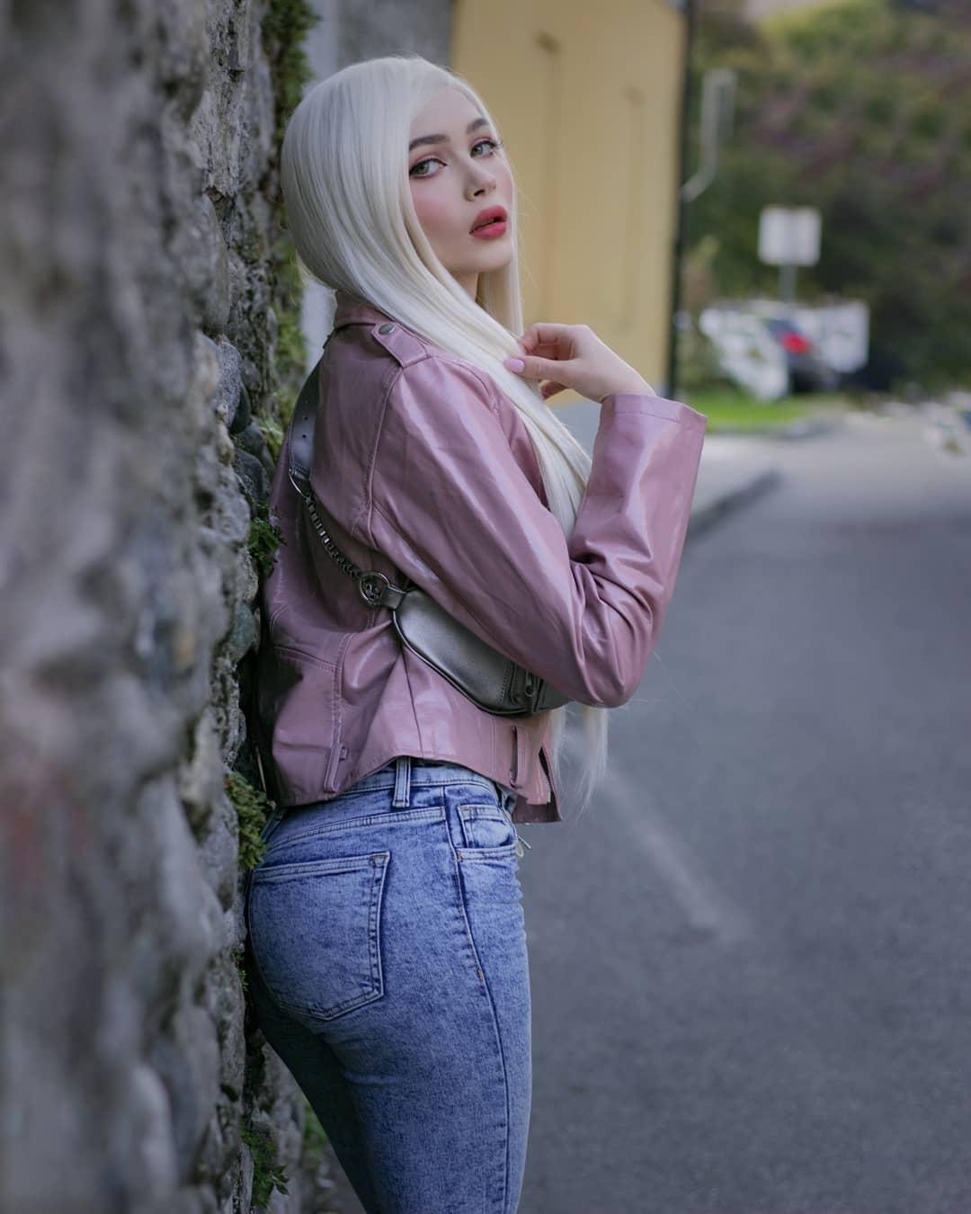 Karina Kozyreva Russian-Italian YouTube Star
