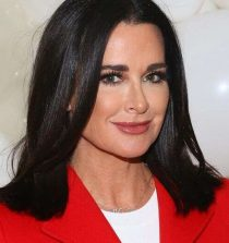 Kyle Richards Actress, Socialite, TV Personality, Memoirist and Philanthropist