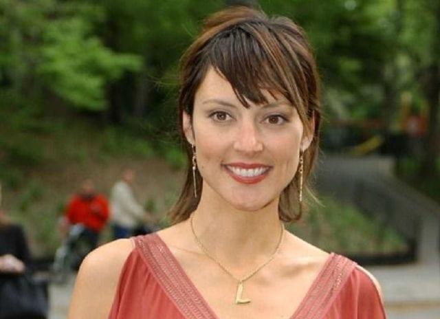 Lola Glaudini American Actress