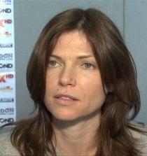 Nicole de Boer Actress