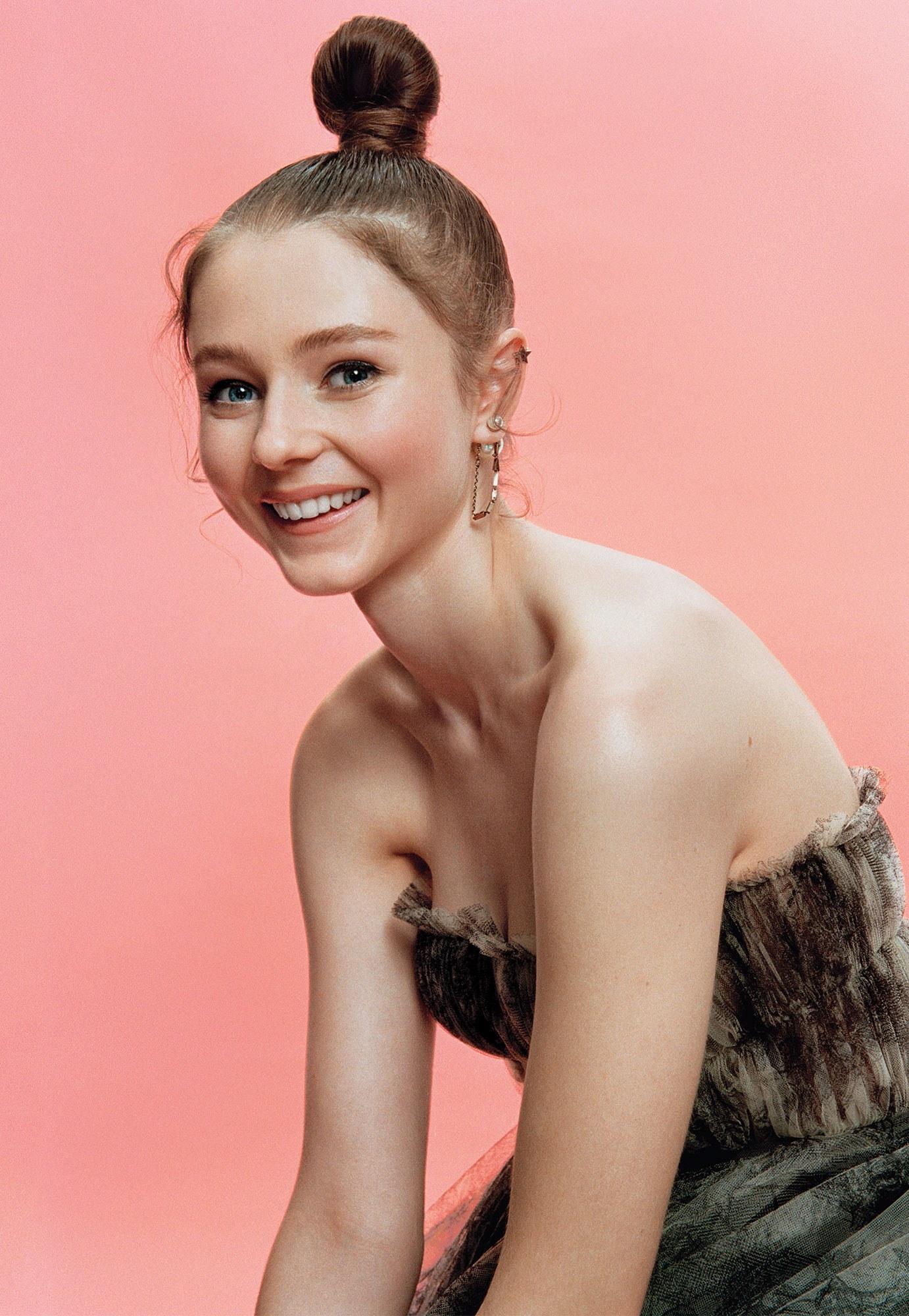Thomasin McKenzie European Actress