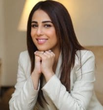 Ushna Shah Actress