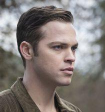 Alexander Calvert Actor