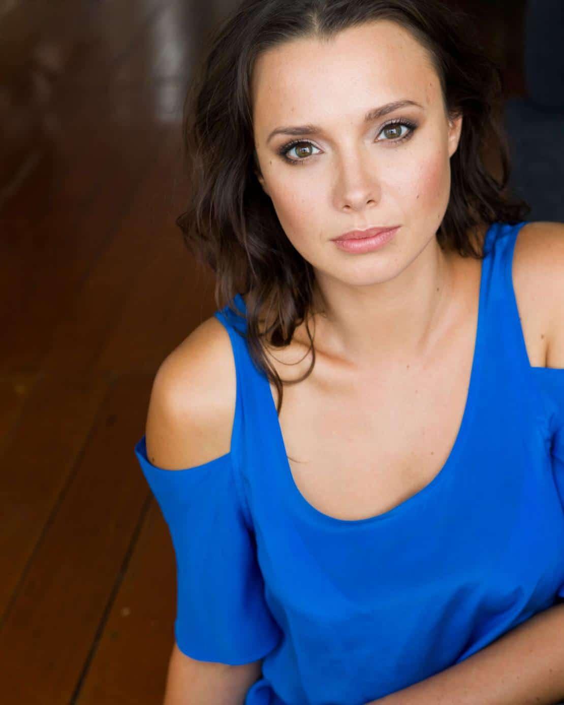 Anna Jullienne New Zealander  Actress