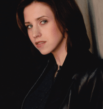 Emily Perkins Actress