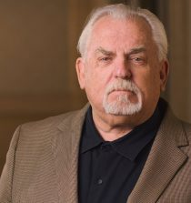 John Dezso Ratzenberger Actor, Voice Actor, Director, Producer, Writer, Entrepreneur