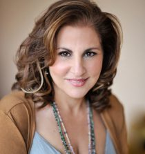 Kathy Najimy Actress