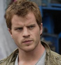 Robert Kazinsky Actor