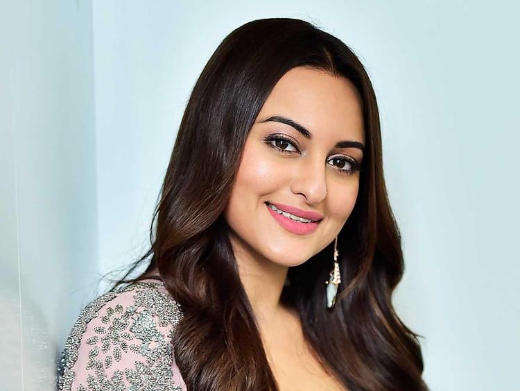 Sonakshi Sinha announces 'Bulbul Tarang', shares first look