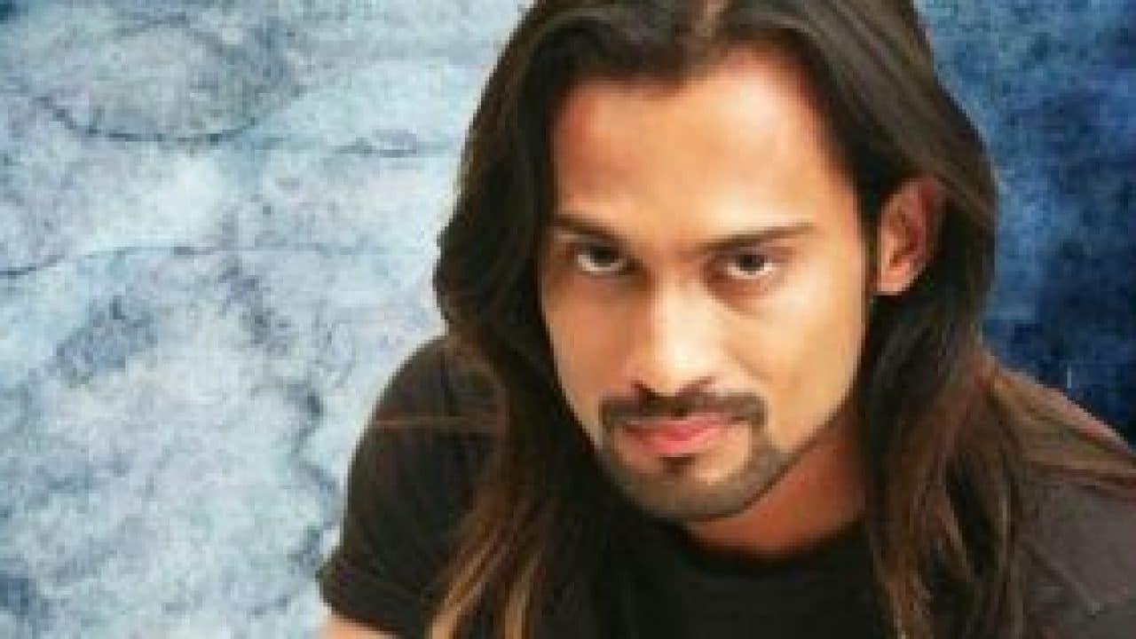 Waqar Zaka Pakistani Host, Vj