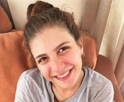 Çağla Irmak Turkish Actress