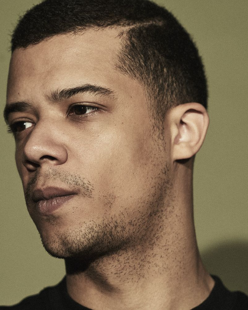 Jacob Anderson British Actor, Record Producer, Singer, Song writer