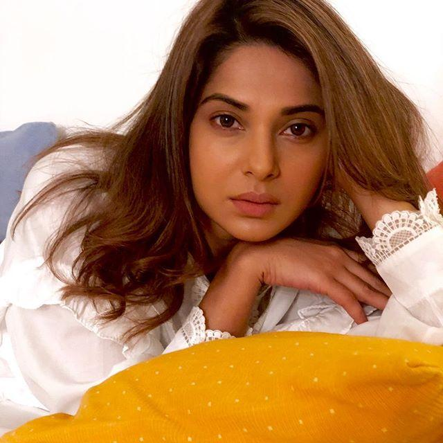Jennifer Winget Indian Actress