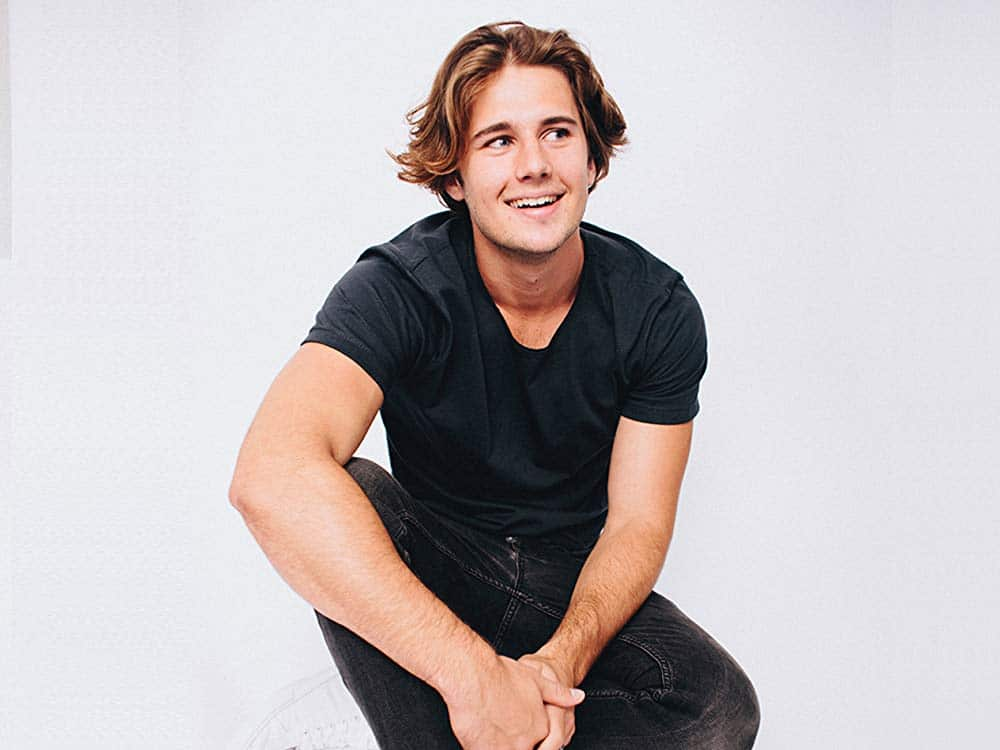 Joel Adams Australian Singer, Songwriter, Producer