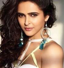 Madhurima Tuli Actress