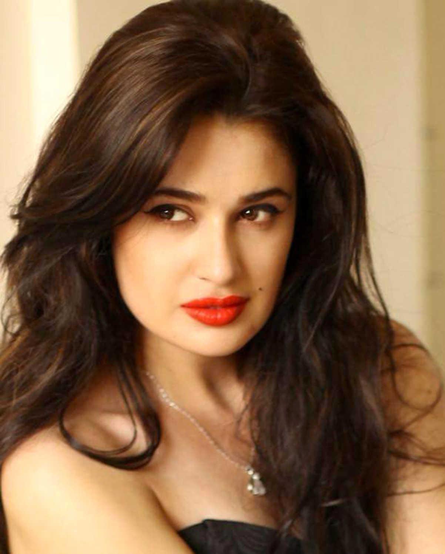 Yuvika Chaudhary Indian Actress