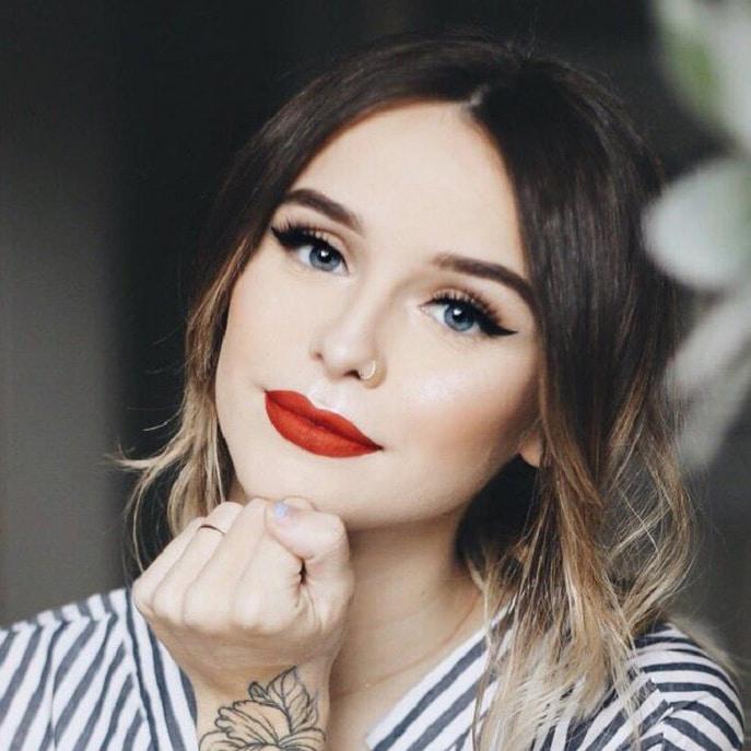Acacia Brinley Clark American Singer, YouTuber, Actress, Model