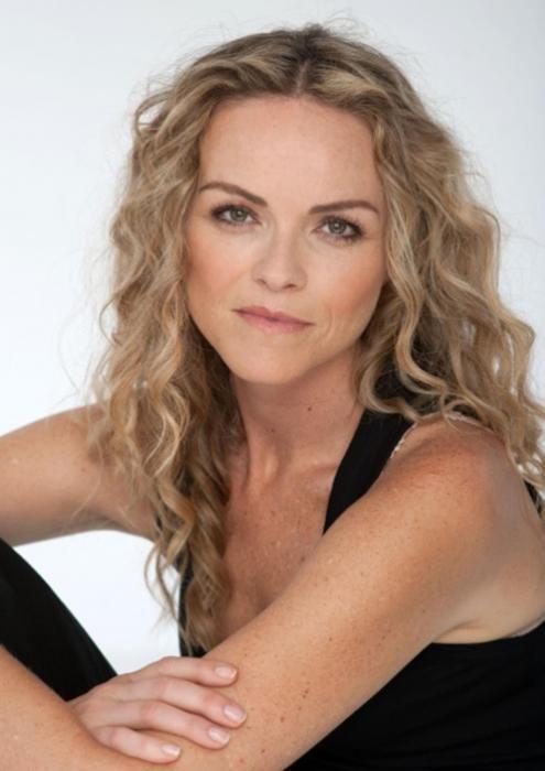 Anna-Louise Plowman New Zealand Actress