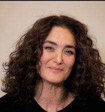 Başak Köklükaya Actress