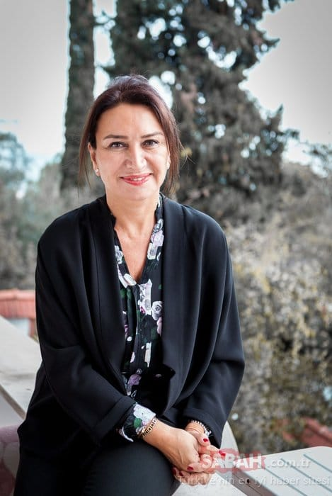 Demet Akbağ Turkish Actress