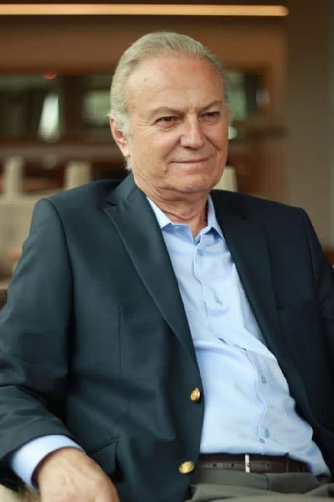 Ediz Hun Turkish Actor, Politician