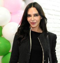 Hande Ataizi Actress