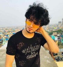 Khushab Hussain TikTok Star, Model