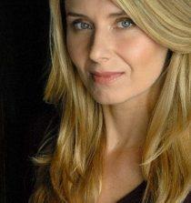 Nadia Bowers Actress