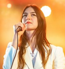 Weyes Blood Singer, Songwriter and Musician