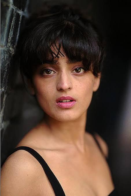 Mandeep Dhillon British Actress
