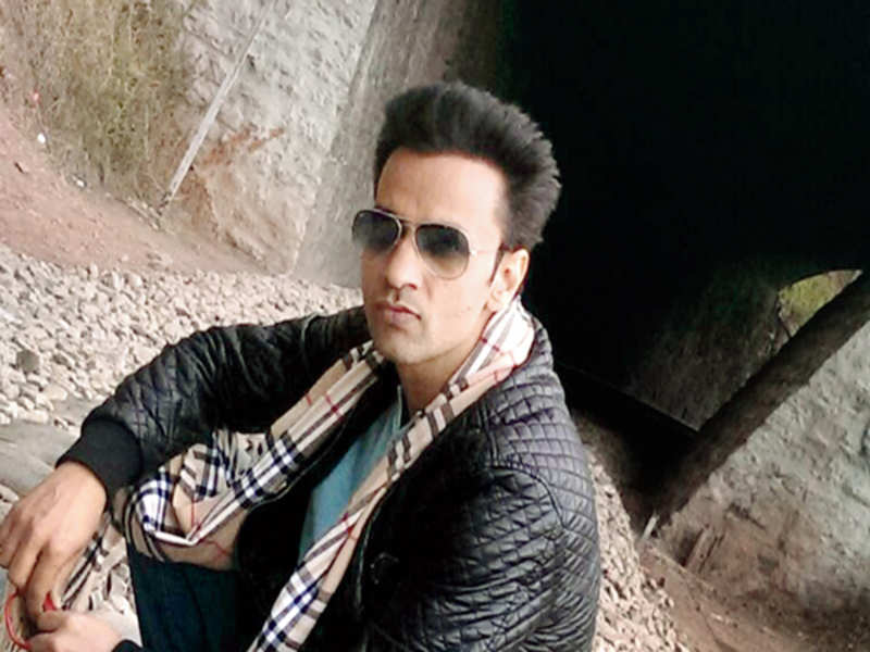 Rajiv Thakur Indian Actor