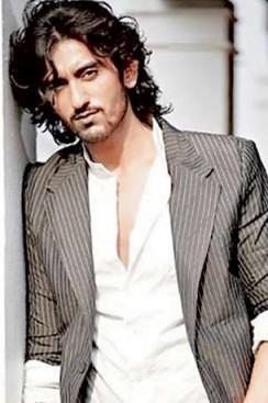 Shaad Randhawa Indian Actor