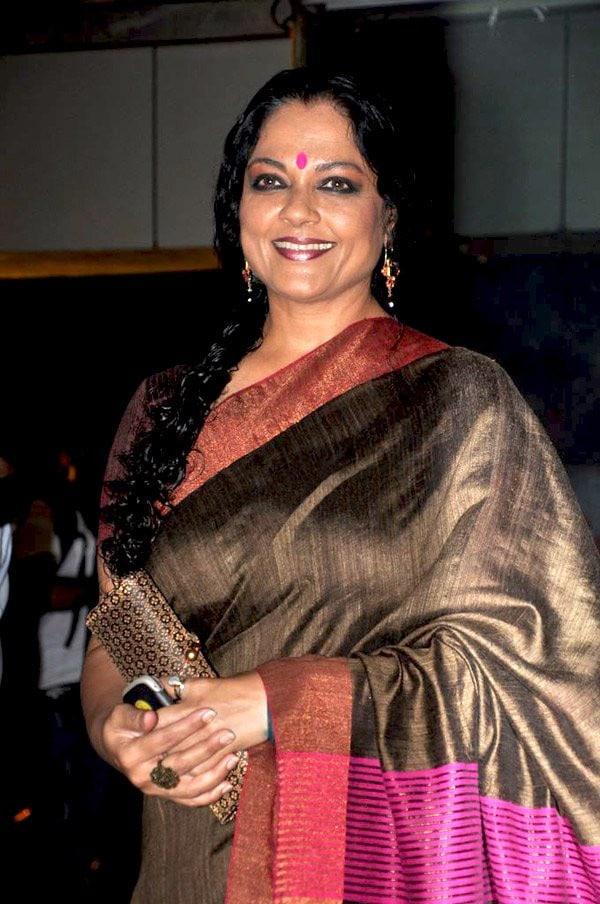 Tanvi Azmi Indian Actress