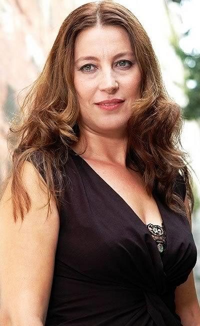 Vahide Perçin Turkish Actress, TV Personality