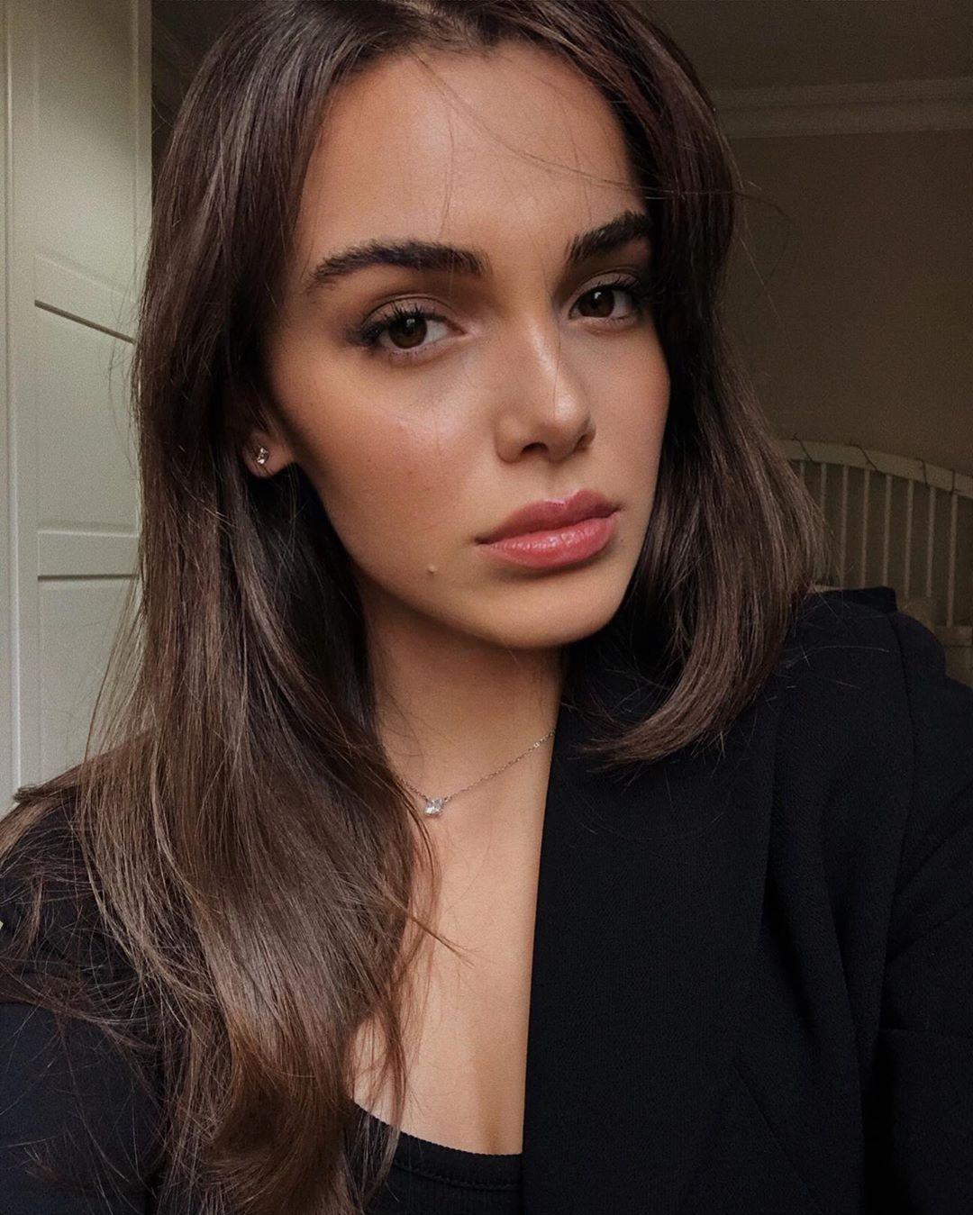 Hafsanur Sancaktutan Turkish Actress