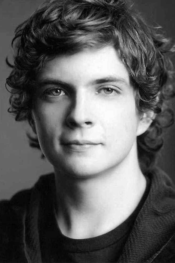 Erik Knudsen Canadian Actor